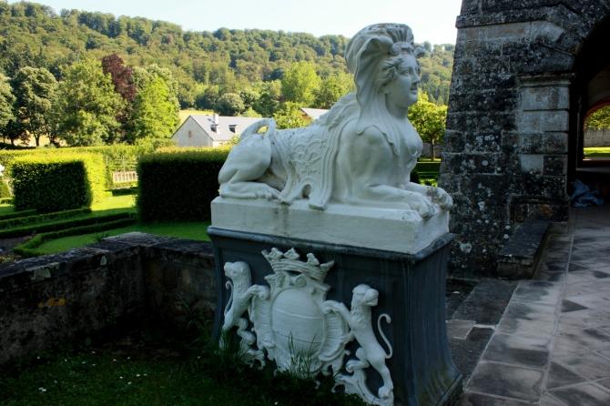 Ansembourg sculpture