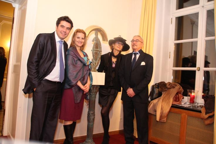 """RomLux President Razvan-Petru Radu, Silvia Radu, Remus Botarro - """"L'esprit du Rêve"""", Valérie Botarro, Remus Botarro (Photo: RomLux)"""
