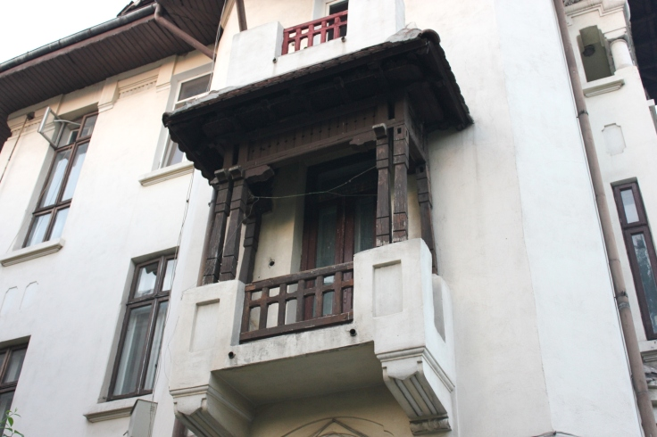 Balcony on Dacia Boulevard