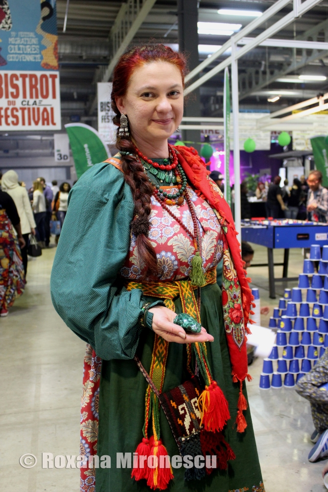 Russian woman from Ural 2 at Migration Festival