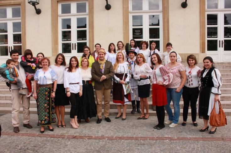 Romanian Blouse celebrations Luxembourg 2013